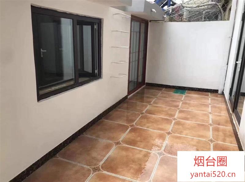 东关小学东(尼普顿家属楼3楼)