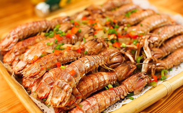 春天和秋天的皮皮虾,你会选哪个?