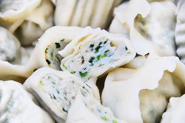 秋天的新鲜鲅鱼要包饺子,才对得起它的肥美