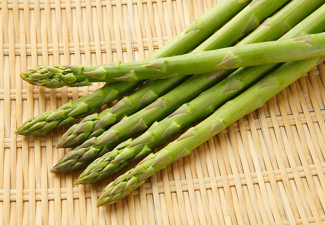 芦笋与虾仁,颜值最高的营养搭配